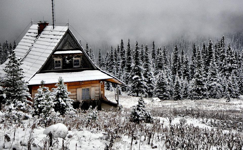 une maison à la montagne